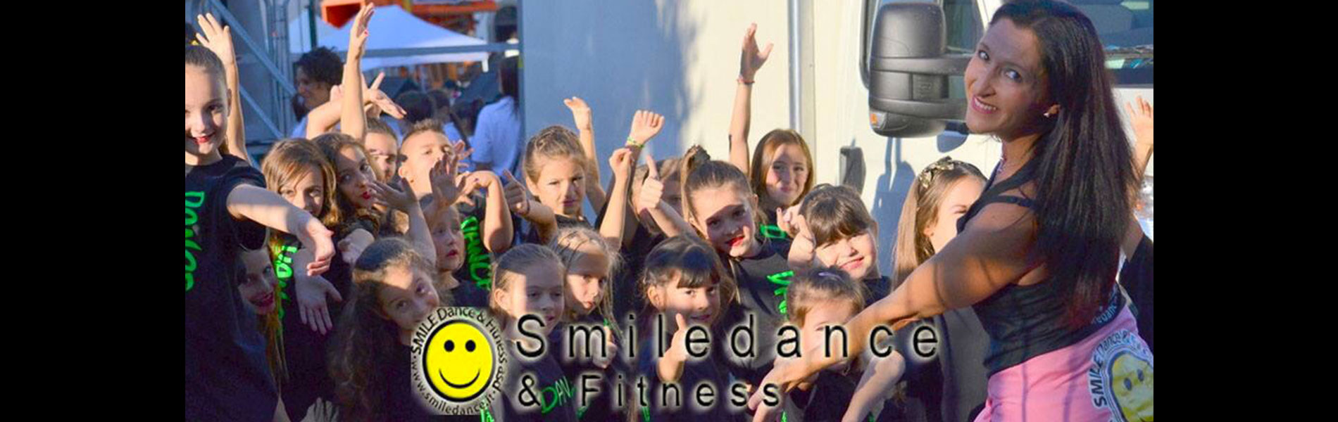 SMILEDANCE_SLIDE2